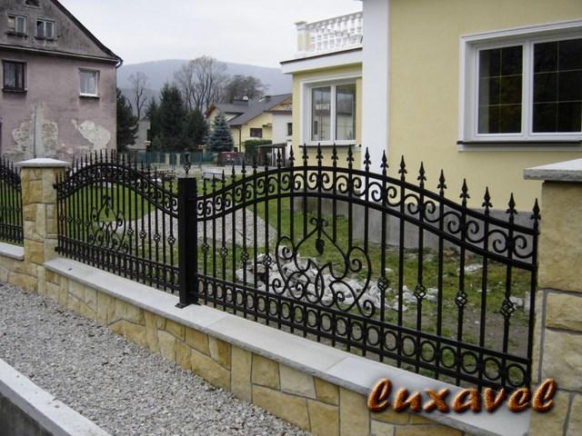 Gard Fier Forjat Model G132