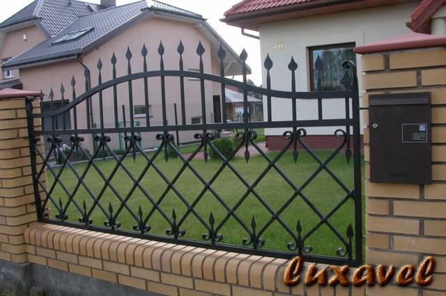 Gard Fier Forjat Model G136