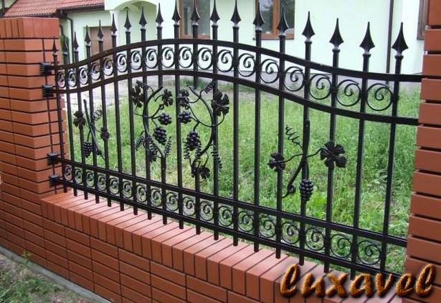 Gard Fier Forjat Model G139