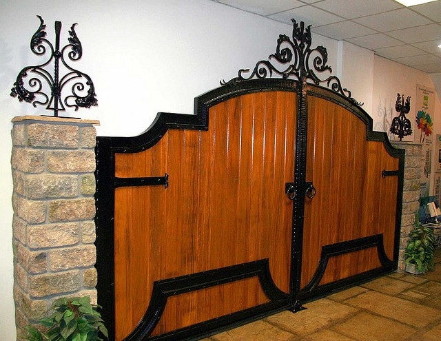 gate-designs-wood